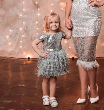 Girls' wedding dress latest fashion feather children's skirt birthday party adult flower children's new princess skirt