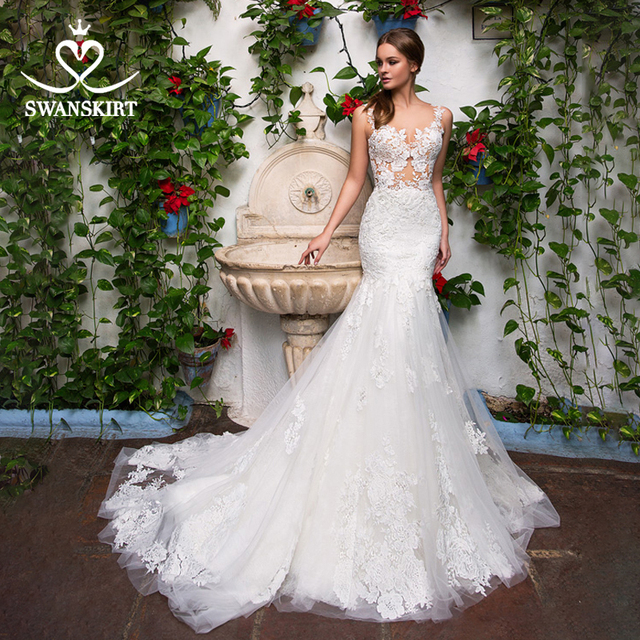 Sexy Appliques Mermaid Wedding Dress Sweetheart Illusion Lace Court Train Swanskirt GI14 Bridal Gown Princess Vestido de novia