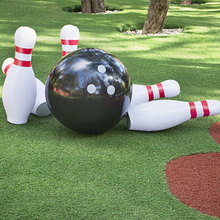 2021 New Novelty Place Giant Inflatable Bowling Set for Kids Outdoor Lawn Yard Game Ball 42 inch tall pins 25 inch wide ball