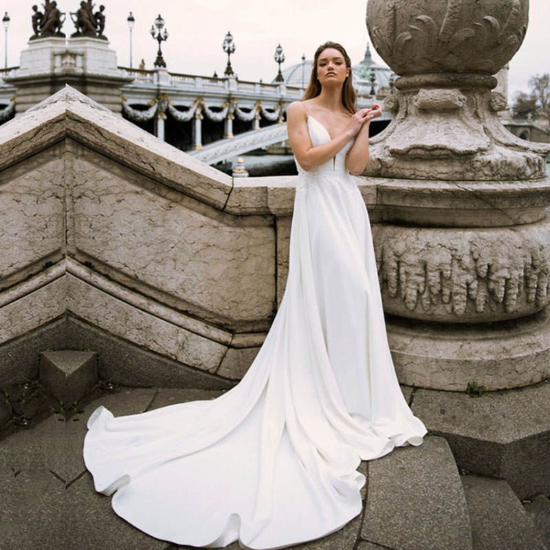 Eightale Beach Wedding Gowns 2020 Spaghetti Strap Sexy Bride Dresses Backless Custom Made White Ivory Boho Wedding Dresses