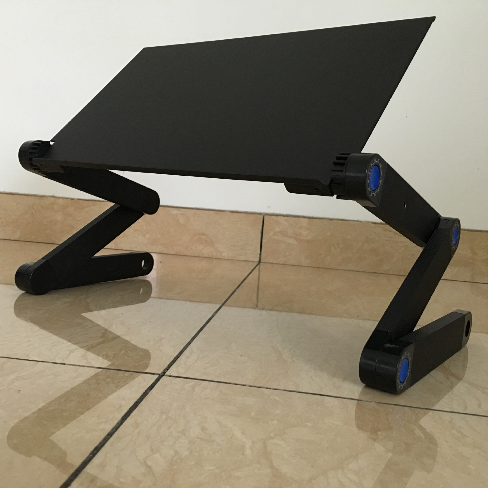 Easy To Force Aluminum Laptop Computer Table Bed Folding Computer Desk Ben Zhuo Gift Table Laptop Regulation Table