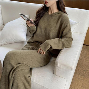 Image 5 - 2019 Autumn Casual Sweaters Tracksuit Womens Knitted Cashmere Two Piece Sets Women Hooded Sweatshirts Sporting Suit Female