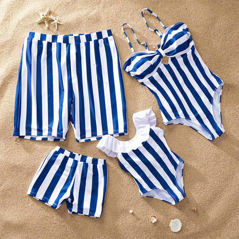 2019 New Beach Bikini Family Matching Swimwear Striped Print Swimsuits Mother Daughter Bikini Dad Son Swim Trunks Family Clothes