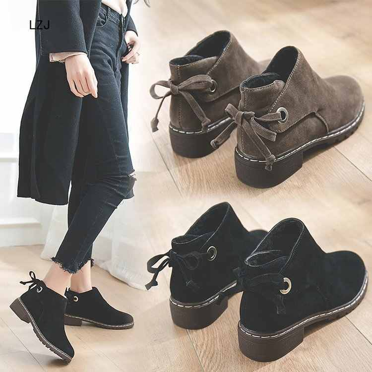 LZJ 2019 botas de Invierno para mujer botas de tobillo de moda de punta redonda de encaje botas planas de mujer de gamuza moda salvaje botas Martin botas