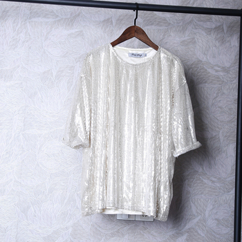 2019 summer cool men's T-shirt popular logo personalized sequined reflective design five-quarter sleeve T-shirt costume.