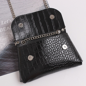 Image 4 - ファッション女性のウエストバッグ革ベルトバッグファニーパック高品質チェーンウエストパックヒップパック多機能クロスボディハンドバッグ