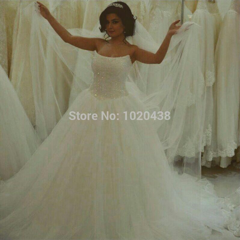 Livraison gratuite 2015 italien nouveau design personnaliser taille/couleur robe de mariée discount robe de mariée élégant blanc à lacets robe de mariée