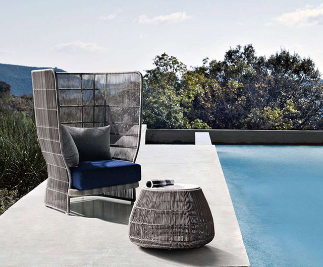 Outdoor Garden Table and  Chairs   3