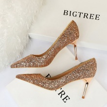 цена на Rhinestone Women Shoes Sexy High Heels Pointed Women Shoes Pumps Women Heels Bling Bridal Wedding Shoes Ladies Plus Size 42 43