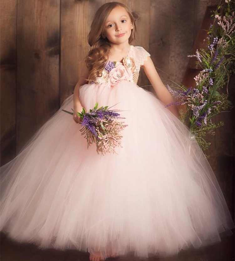 Afbeeldingsresultaat voor niños con flores