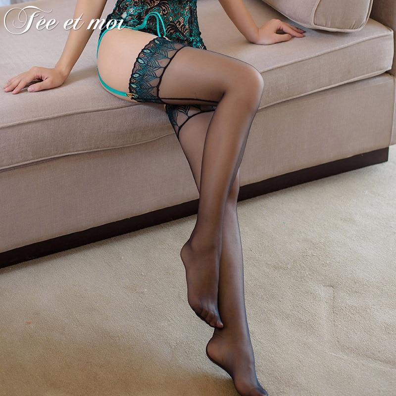 Bordado sexy Plumas de pavo real Medias hasta el muslo para mujer Top de rayas de silicona con elástico para evitar resbalones 12Den