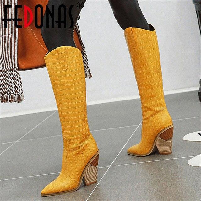 FEDONAS مثير الإناث الجلود الاصطناعية الغربية أحذية الشتاء النساء حذاء برقبة للركبة ليلة نادي أحذية امرأة كبيرة الحجم حذاء بكعب سميك