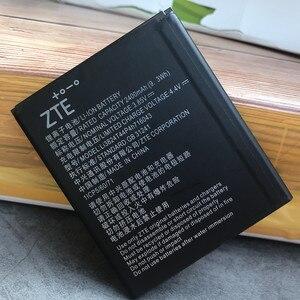 Image 4 - 2020 새로운 원래 고품질 2400mAh Li3824T44P4h716043 배터리 ZTE 블레이드 A520 A521 BA520 A520C A603 BA603 전화 배터리