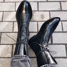 النساء أحذية الكاحل الدافئة عارضة الدانتيل يصل الإناث منصة أحذية السيدات المصارع قصيرة بوتاس الأزياء الخياطة الأحذية الشتاء الخريف