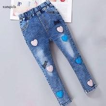 цена New Girls Jeans Elastic Waist Pencil Pants Children Skinny Denim Teenager Girls Trousers Kids Clothing 2-14Y онлайн в 2017 году