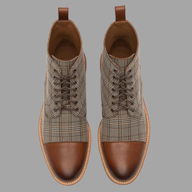 Men Boots Plaid Lace Up Martin Boots Basic Male Winter Warm Ankle Boots Fashion Man Round Toe Booties Fashion British Style D20