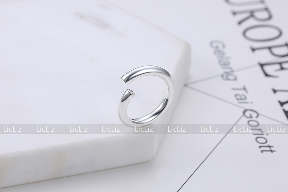 H1e8b3ad06a4a4e20bfa6646aa391ba28l LicLiz 2019 925 Sterling Silver Big Open Adjustable Ring for Women Men Plain White Gold Jewelry Joyas de Plata 925 Bijoux LR0329