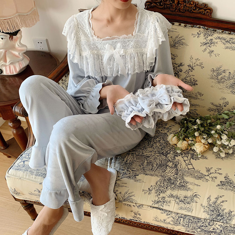 Thick Velvet Women's Pajamas Sets Elegant White Lace Long Sleeve Sleepwear Suits Present Hair Band Pyjamas Autumn Winter