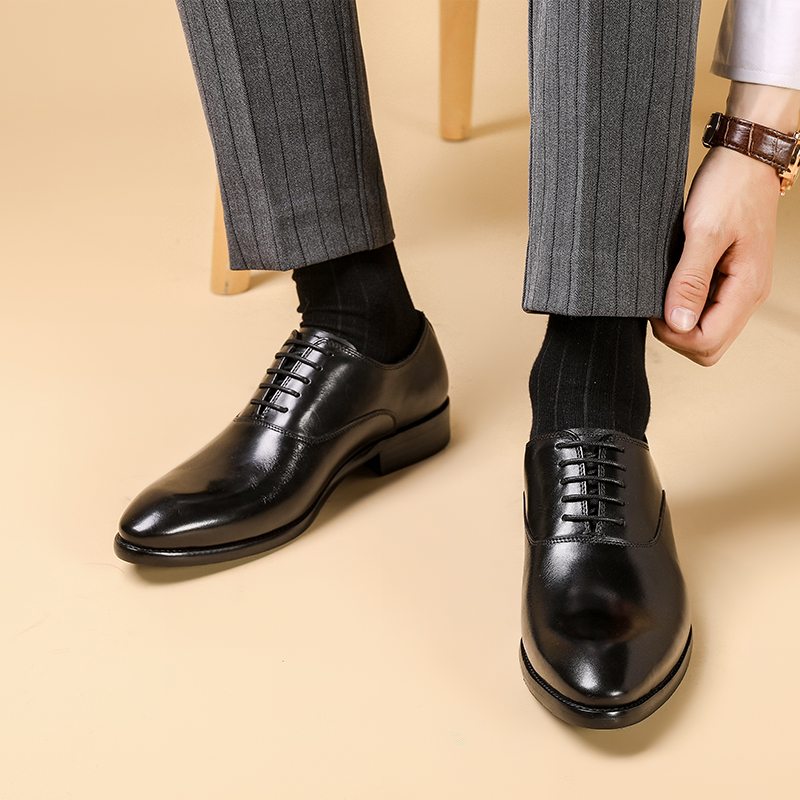 Купить с кэшбэком Phenkang Mens Formal Shoes Genuine Leather Oxford Shoes For Men Italian 2020 Dress Shoes Wedding Laces Leather Business Shoes
