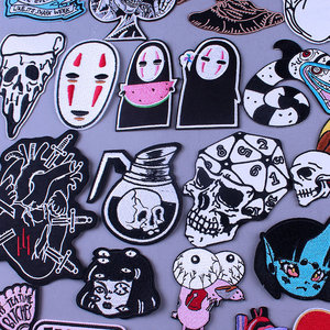 Japan Anime Cartoon Patches For Clothing Skull Heart Iron on Embroidered Patches On Clothes DIY Hippie Stripe Applique Badge diy