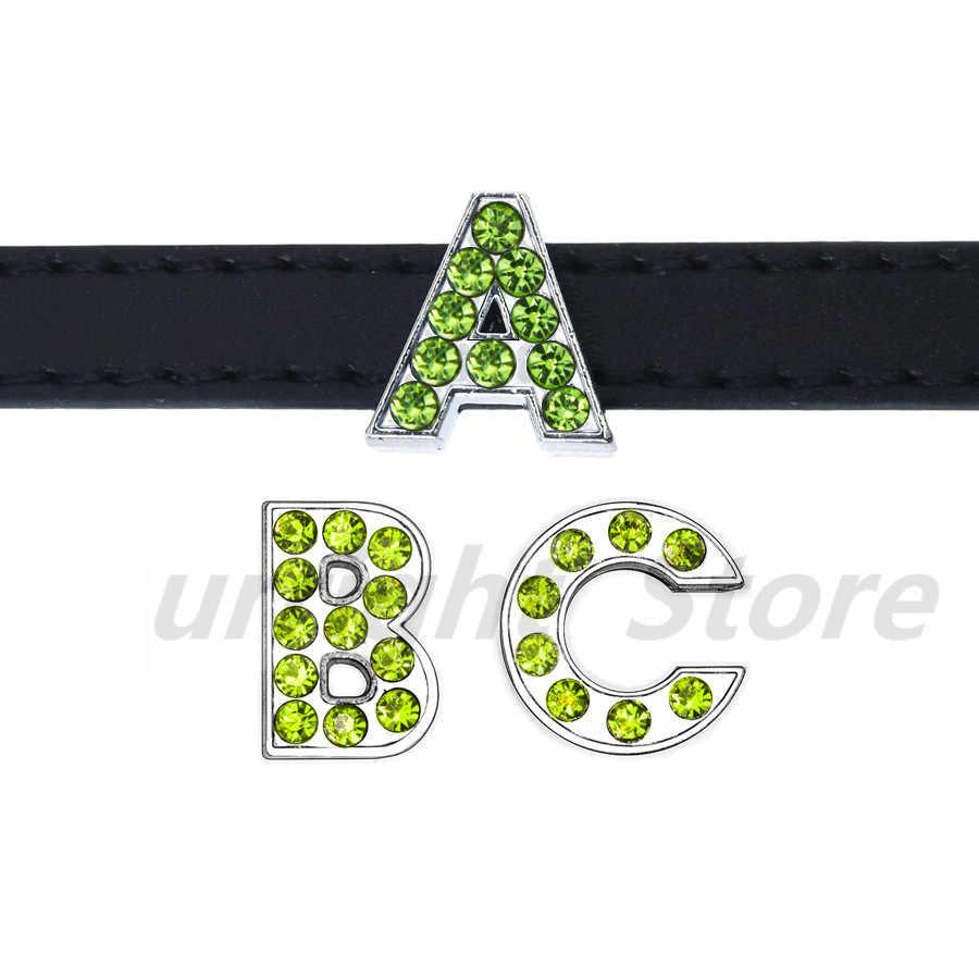 1pc A-Z Verde strass Inglês letra Do Alfabeto de Diâmetro Interno: 8 Carta Oito milímetros de Slides encantos DIY Fit chaveiro Pulseira Colar de Estimação