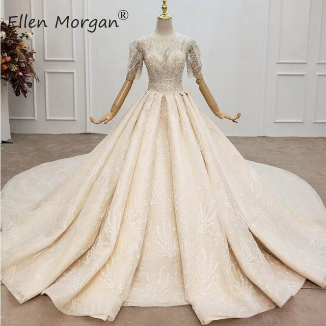 Luxury Crystals Lace Ball Gowns Wedding Dresses for Women Saudi Arabian Elegant Princess Half Sleeves Beaded Bridal Gowns 2020