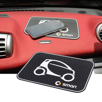 Car Styling uchwyt na telefon deska rozdzielcza telefon naprawiono antypoślizgowa mata silikonowa Pad dla Smart 450 451 453 fortwo forfour akcesoria tanie i dobre opinie Żel krzemionkowy