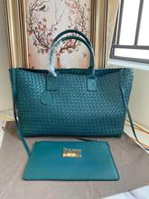 2019 senior designer high quality leather woven shopping bag leather woven handbag