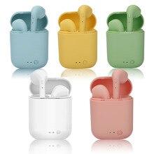 سماعات لاسلكية صغيرة 2 TWS سماعات بلوتوث 5.0 سماعة رأس ستيريو واقي أذن رياضي صغير مع صندوق شحن مايكروفون لجميع الهواتف