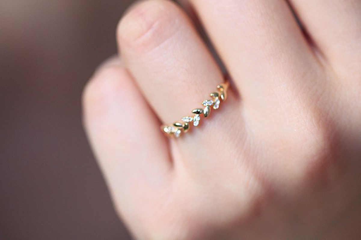 ใหม่ 18K ทองแหวน Golden ข้าวข้าวสาลีรูปเสี้ยวสาขาและใบหญิงเครื่องประดับกรวดขนาดเล็กวันเกิดของขวัญ