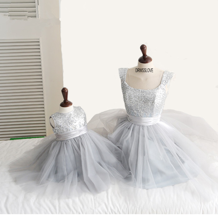 2015 new Fashion hot bow silver sequined Vestidos tea-length Flower Girl Dresses ball gown first communion dresses for girls
