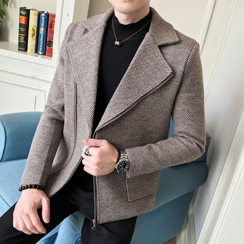 New Winter Tide Men's Casual Diagonal Zipper Wool Coat Men's Fashion Striped Woolen Coat Men Suit Collar Short Casual Slim Coats