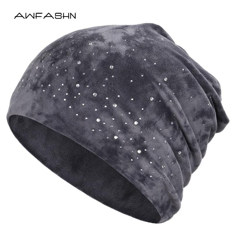 2019 New Fashion Ladies Shiny Rhinestone Beanie Autumn Winter Female Casual Hat Women Velvet Fabric Soft Cap Skullies Bonnet