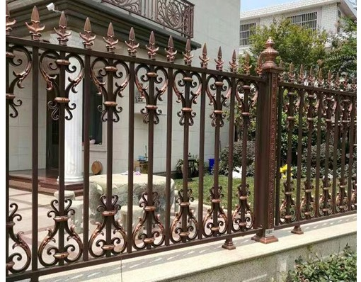 European Aluminum House Fence With Metal Fence Posts