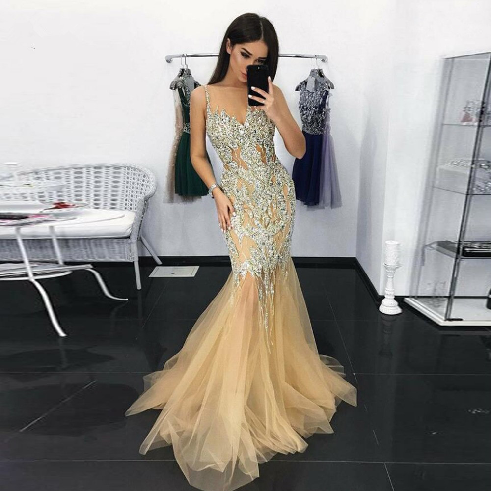 Dubai Luxury Gold Crystal Mermaid Evening Dresses 2020 Sparkle Sexy Long Prom Gowns V-neck Beaded Illusion Dress Robe De Soiree