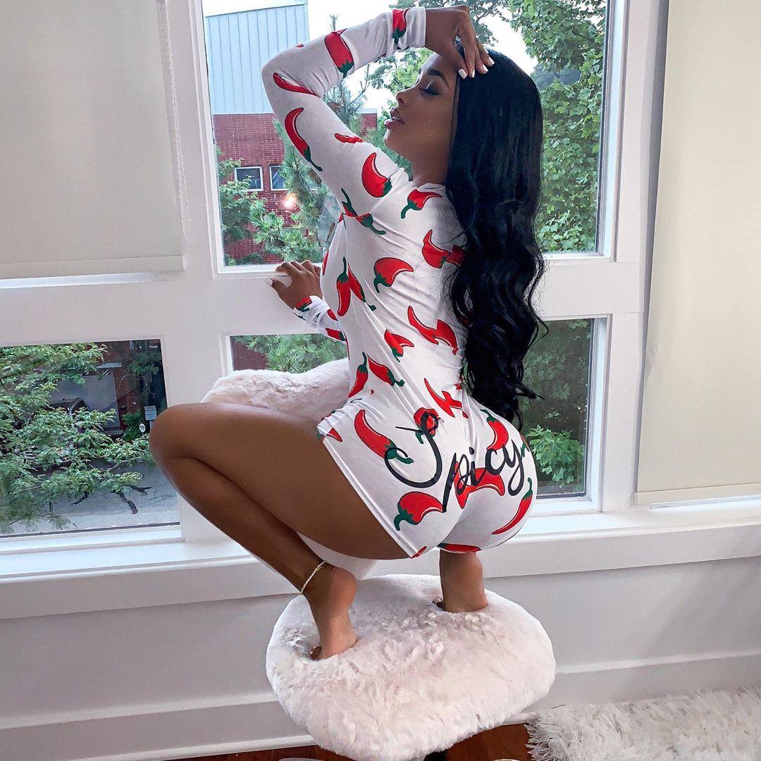 Sexy Women Bodysuit Long Sleeve Deep V Neck Bodycon Stretch Leotard Crop Top Button Short Romper Pajamas Oneise Women Jumpsuit
