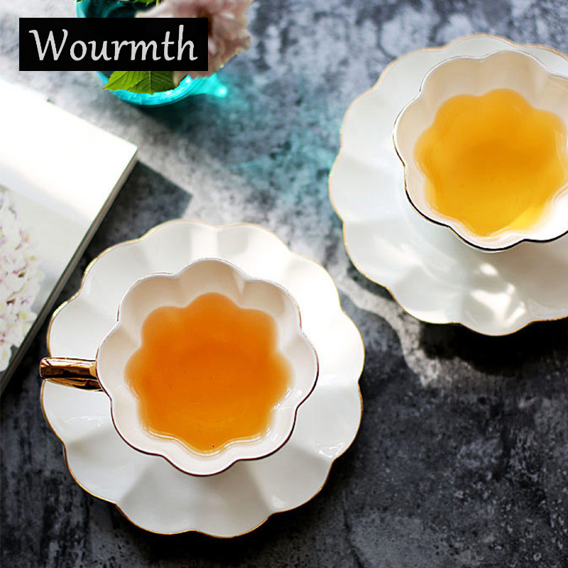 Wourmth Simple Tea <font><b>Cups</b></font> and Saucer Set White <font><b>Porcelain</b></font> Europe Luxury <font><b>Coffee</b></font> <font><b>Cup</b></font> 240ml Bone China Teacup With Spoon Drinkware Set image