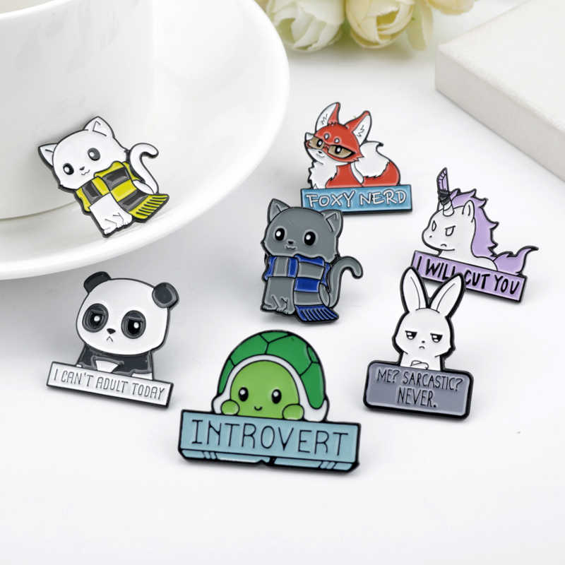 Cartoon Dier Emaille Pins Custom Panda Kat Schildpad Vos Konijn Broches Bag Kleding Revers Pin Badges Grappig Zoo Sieraden