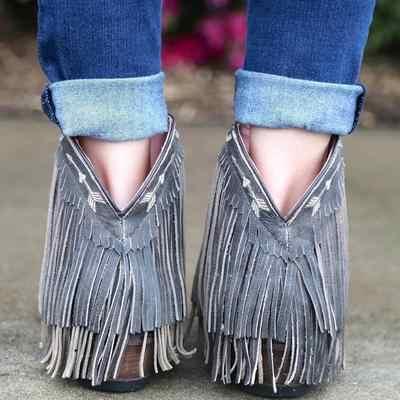 Monerffi Giày Bốt Nữ Tua Rua Mũi Nhọn Boot Ngắn Dày Gót Retro Vintage Mắt Cá Chân Booots Nữ Giày Chắc Chắn Tua Rua Boot 2019