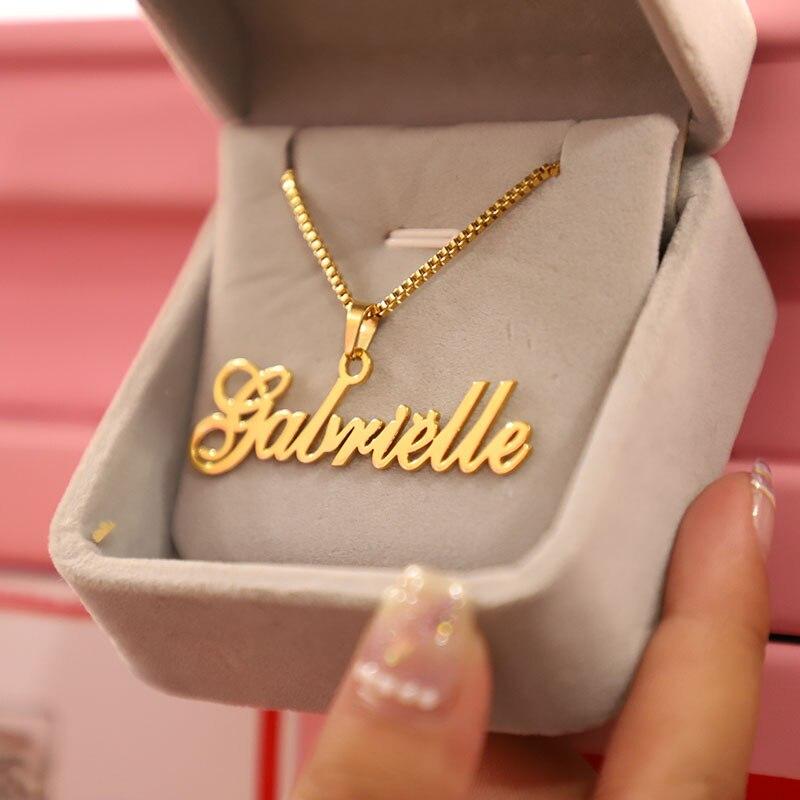 Caja de oro Cadena de joyería personalizada nombre colgante de collar hecho a mano letra cursiva placa gargantilla de los hombres y las mujeres Bijoux regalo de BFF