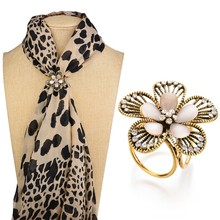 Gariton Real Shooting Vintage Crystal Flowers Brooches For Women Camellia Boutonniere Opal Tricyclic Scarf Buckle