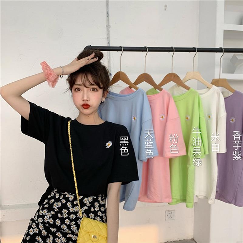 hot sale Korean Flowers embroidery Women T-shirt Summer Short Sleeve Simple Tee shirt Femme Casual Loose t shirt Camisetas Mujer 2