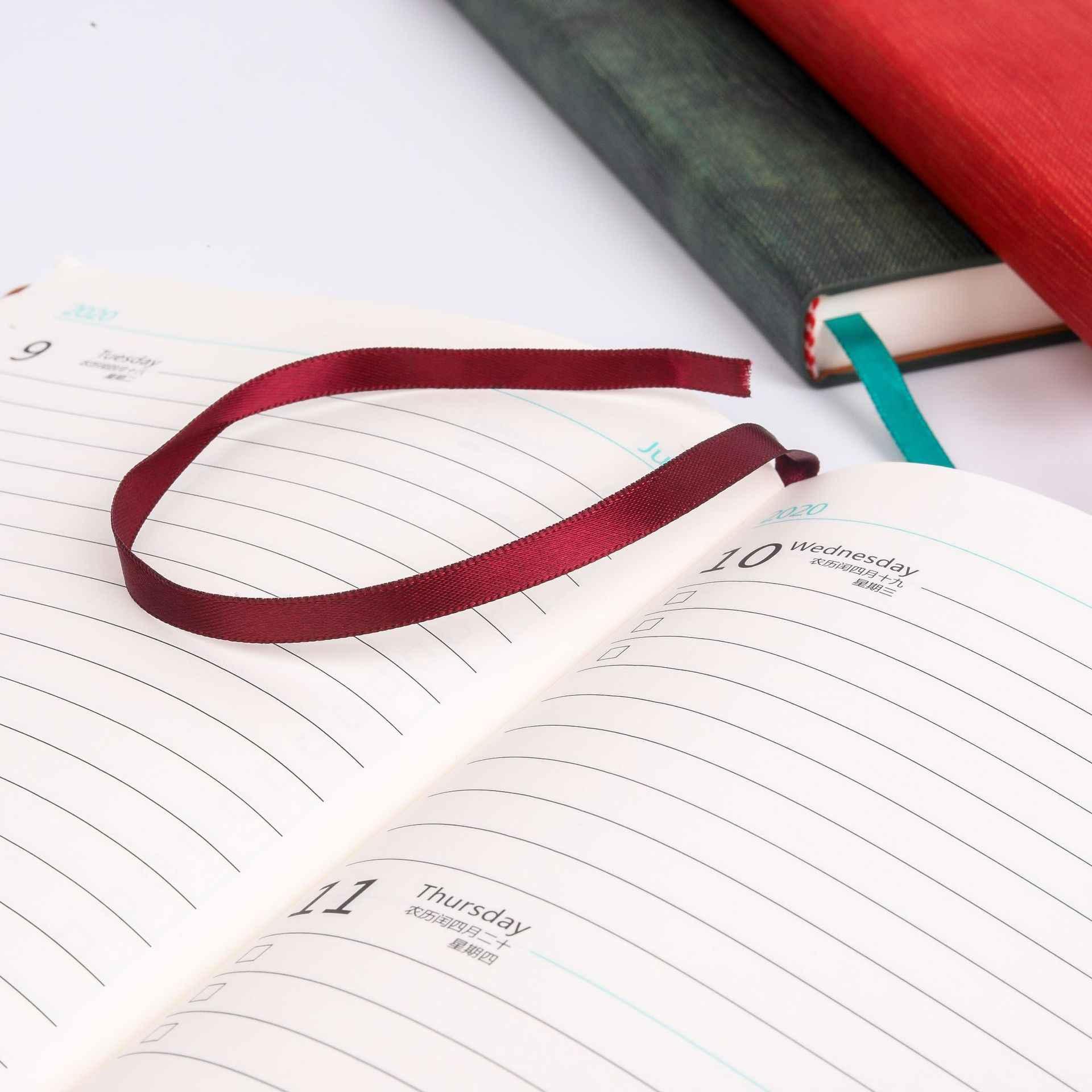 A5 2020 לוח שנה יומן מחברת מתכנן סדר יום מארגן יומן Shcool משרד מכתבים כתיבת אספקת עבור בני בנות