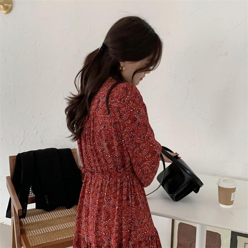 H1ef8dd5734d0455988f3e16ebf661ddaj - Autumn V-Neck Lantern Sleeves Waist-Controlled Floral Print Midi Dress