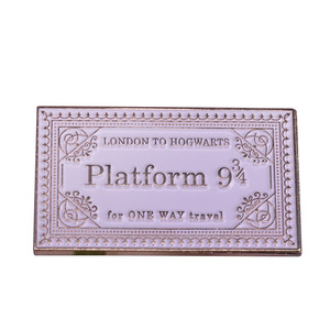 Nine and Three Quarters Platform Badges Pins Platform 9 3/4 Metal Pins Brooches Accessorie Costume Props Xmas Gift for Kid