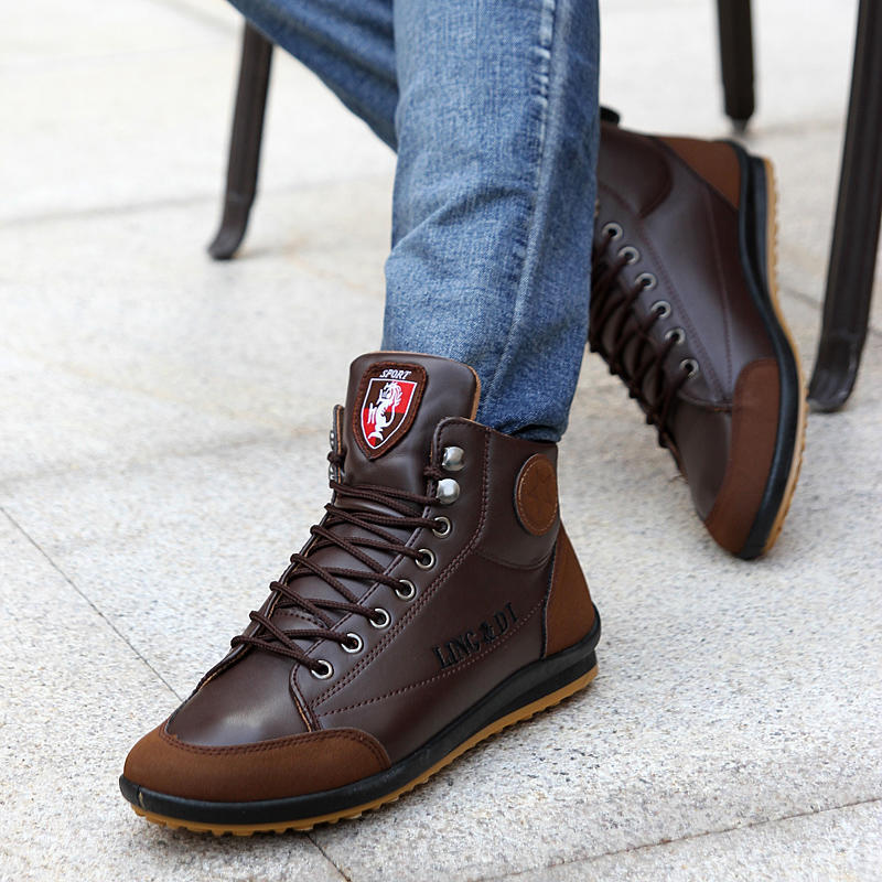 Men Leather Ankle Boots Casual Lace Up Fleeces Warm Boots Fashion Waterproof Flats Outdoor Winter Shoes British Style Plus Size