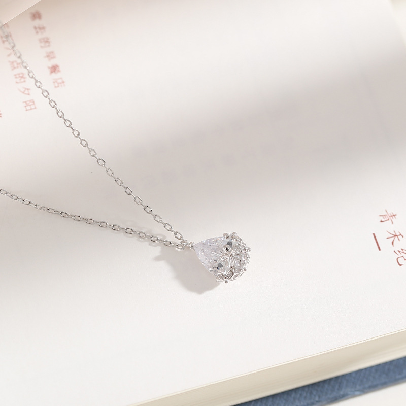 Utimtree Fashion 925 sterling silver Hollow Out Pattern Water Drop Pendants Necklaces for Women Girlfriends Crystal Necklace