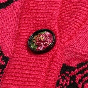 Image 5 - Wolle Biegen Strickjacke Pullover Frauen 2019 Frühling Einreiher V ausschnitt Katze Kopf Muster Jacquard Strickjacke Niedliche Weibliche Pullover Mantel