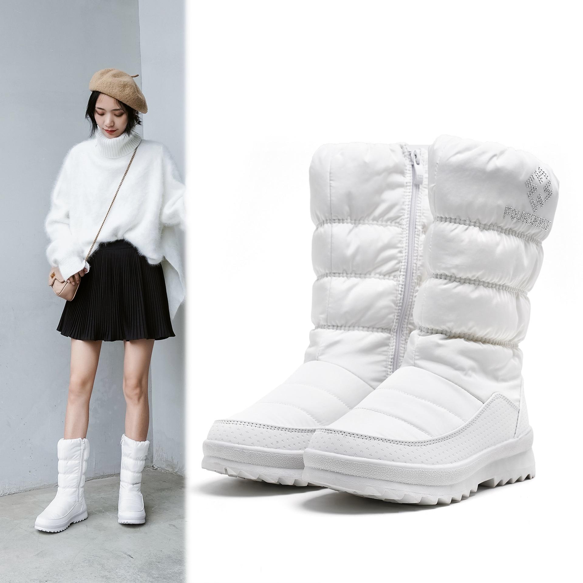 Tube de loisirs de mode chaud, imperméable à l'eau, résistant à l'usure en duvet bottes de neige femmes fermeture éclair latérale bottes pour femmes confortables