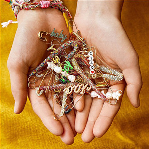 AOMU-1PC-2019-New-Trendy-Crystal-Rhinestones-Paperclip-Earrings-BABY-Imitiation-Pearl-Dangle-Drop-Earrings-Fashion